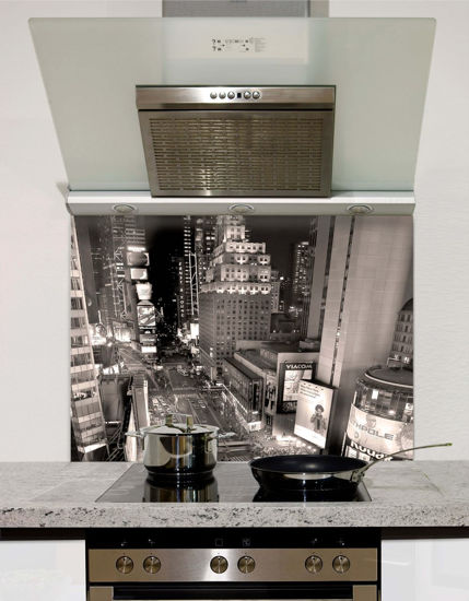 Picture of New York downtown at night Splashback