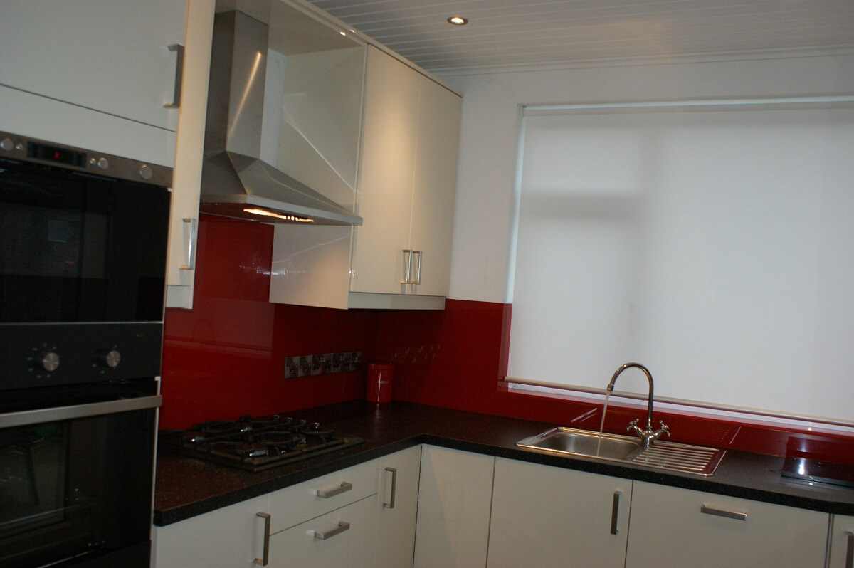 Claret Glass Splashbacks