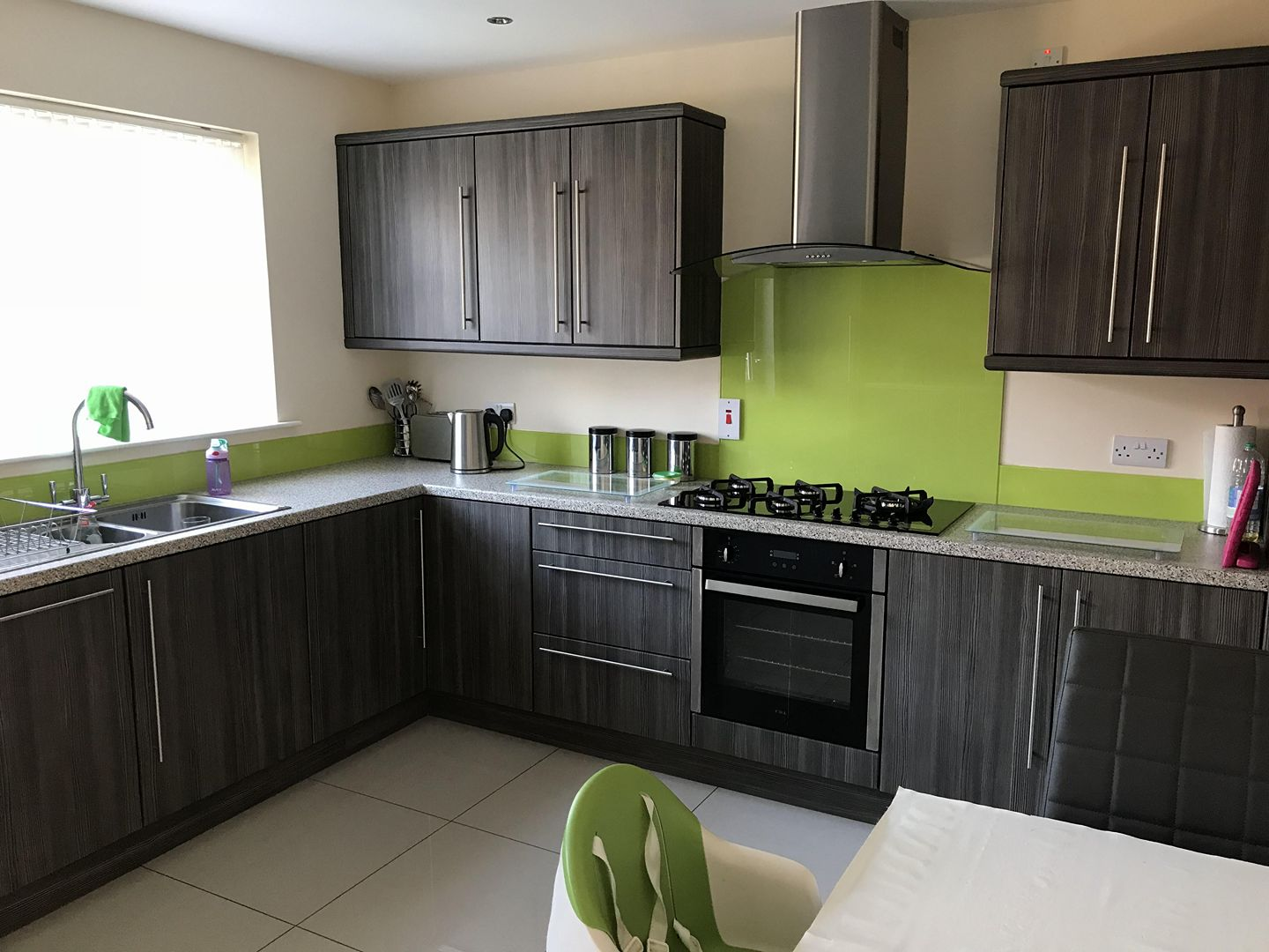 Luscious Lime Glass Splashback and upstands