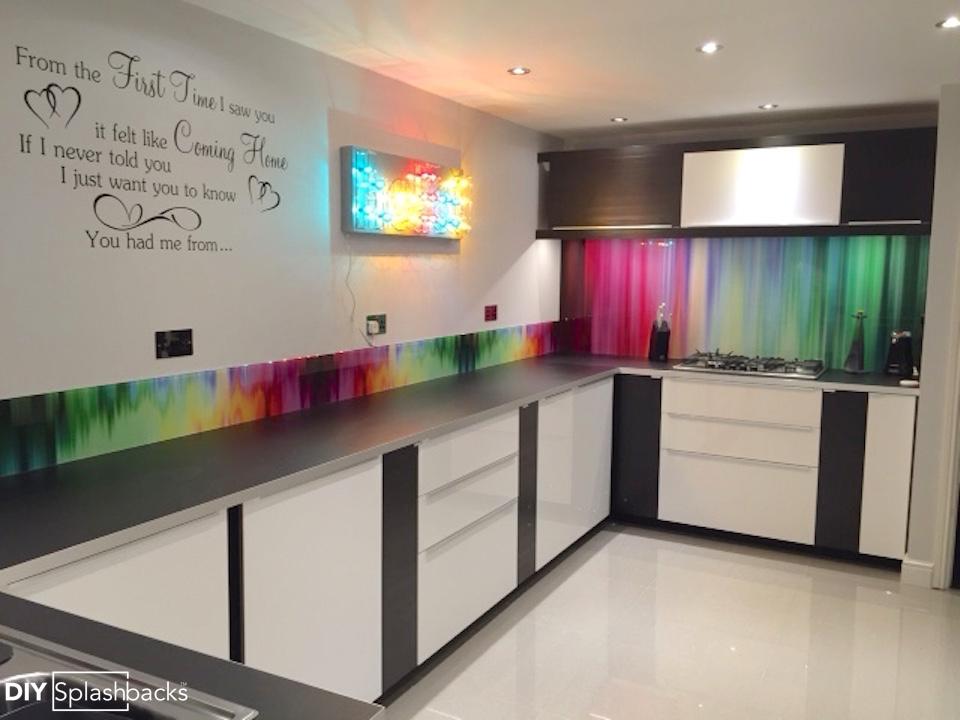 Spectrum Rays Glass Splashbacks