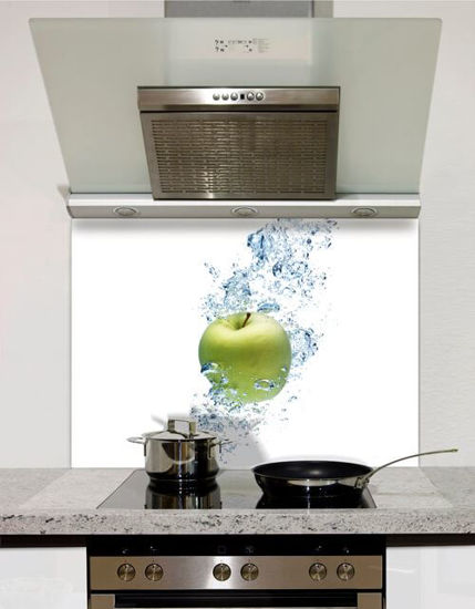Picture of Apple in water Splashback